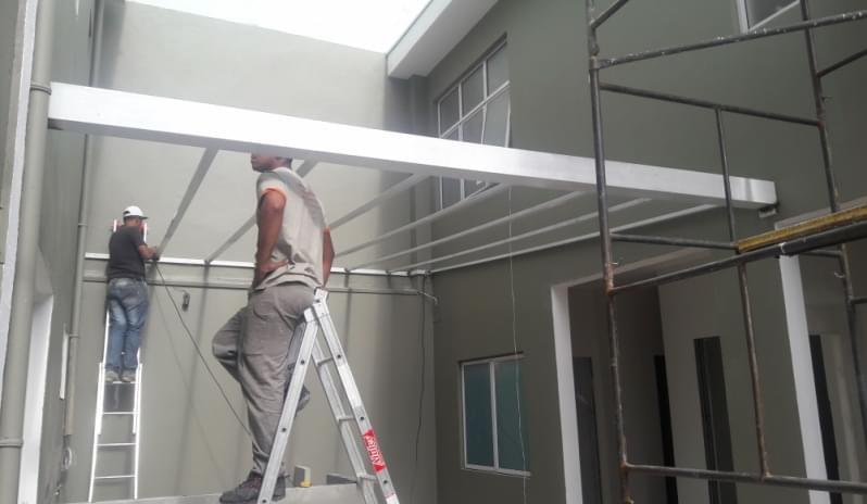 Cobertura de Policarbonato Alveolar para Varandas Preço Vila Sônia - Cobertura em Policarbonato Alveolar para Garagem