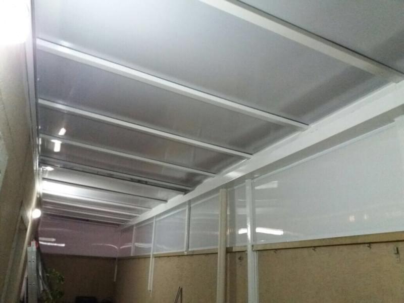 Fábrica de Cobertura de Policarbonato Alveolar para Lavanderia Capão Redondo - Cobertura em Policarbonato Alveolar para Garagem