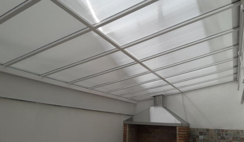 Fábrica de Cobertura em Policarbonato Alveolar para Churrasqueira Vila Medeiros - Cobertura em Policarbonato Alveolar para Garagem