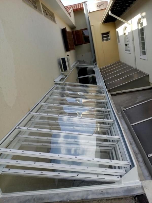 Manutenção de Cobertura de Policarbonato Alveolar em Varandas em Sp Vila Marcelo - Manutenção de Cobertura de Policarbonato Alveolar em Garagem