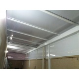 cobertura de policarbonato para lavanderia preço m2 Cursino