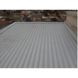cobertura de garagem com telhas metálicas