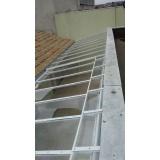 instalação de cobertura em policarbonato retrátil translúcida preço Jardim Santa Terezinha