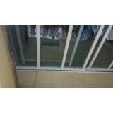 instalação de cobertura em policarbonato retrátil Jardim Bonfiglioli