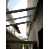 manutenção de cobertura em policarbonato alveolar em garagem