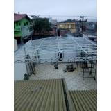 manutenção de cobertura de policarbonato retrátil em quintal